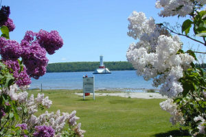 7 Rules to Live by when Visiting Mackinac Island: being a fudgie