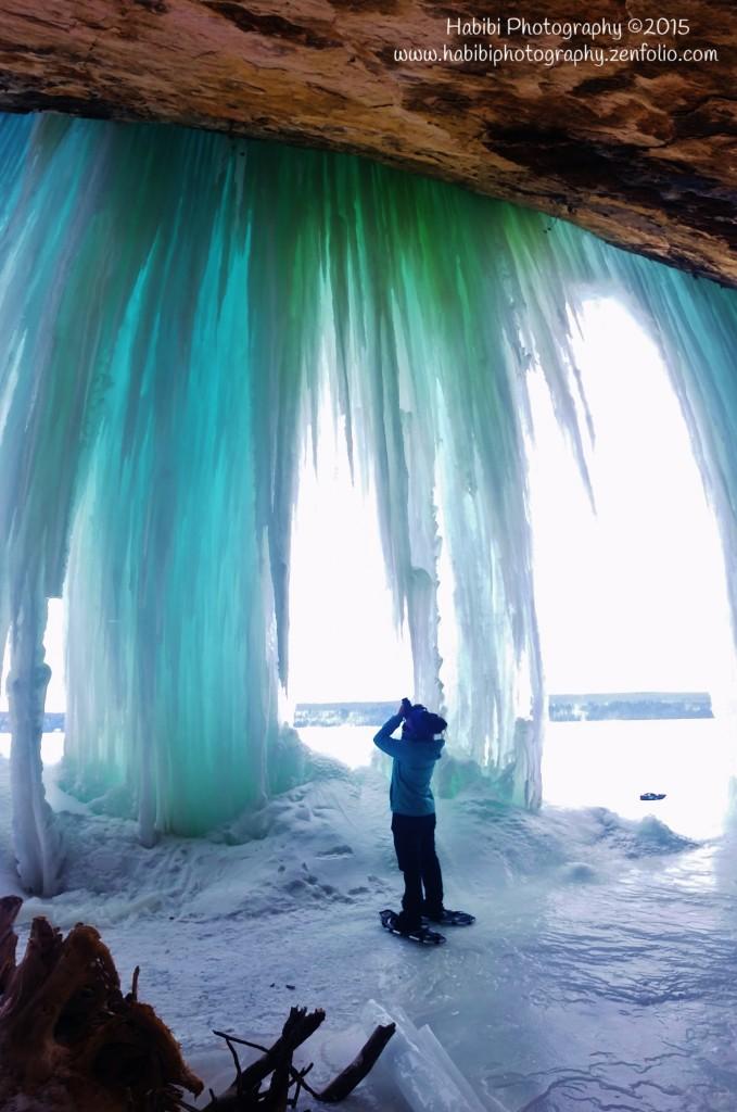 grand-island-ice-caves-munising-michigan
