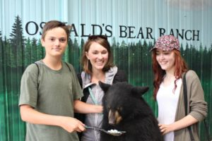 Twin Cedars goes field trippin' – Oswald's Bear Ranch